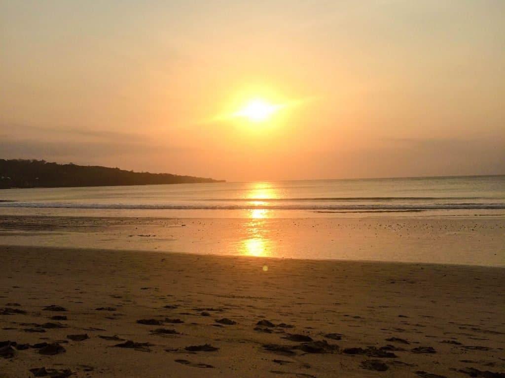 Jimbaran Beach Sunset Neu