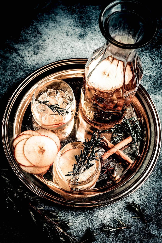 apple cinnamon infused gin jana kalea