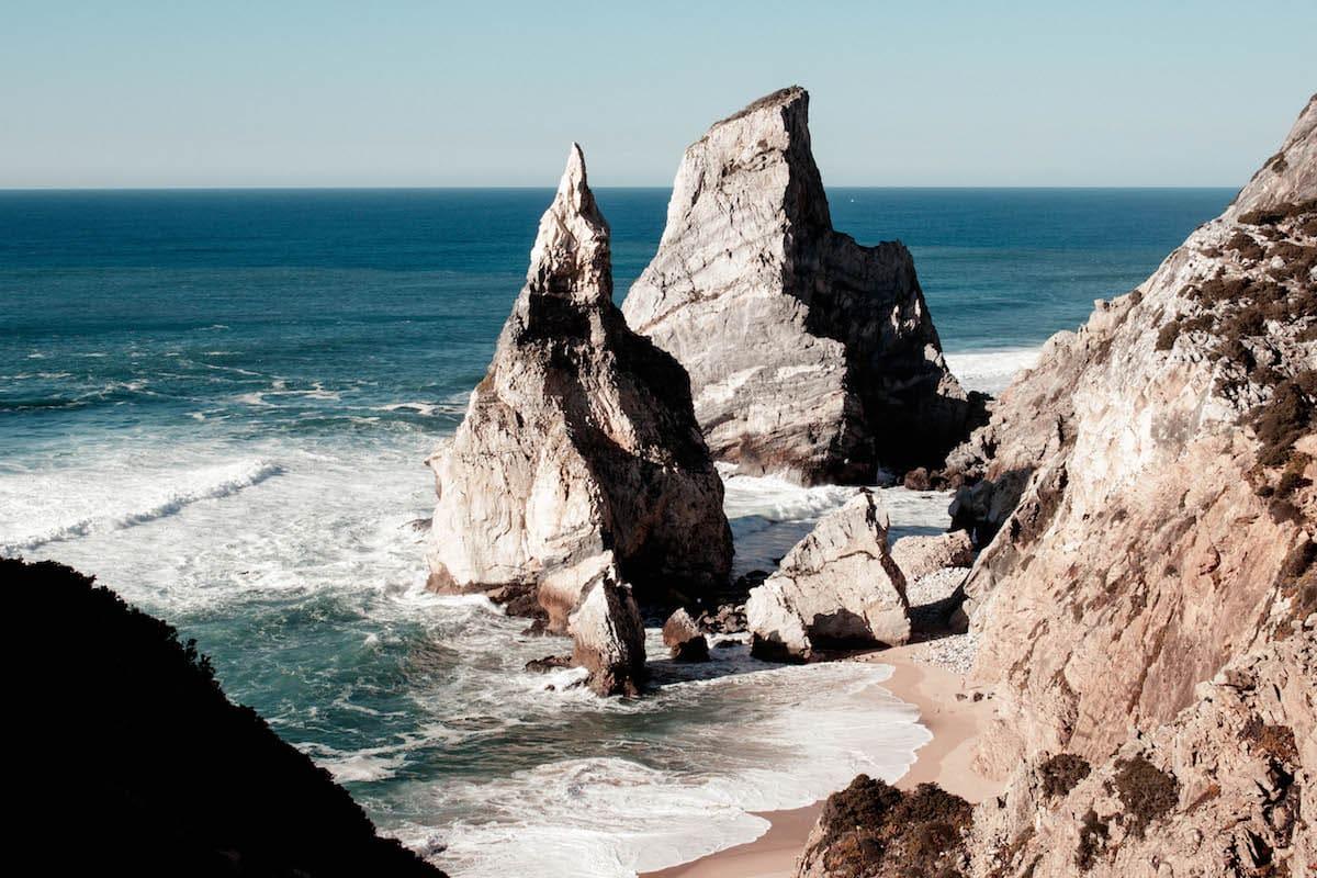 praia da ursa strand portugal