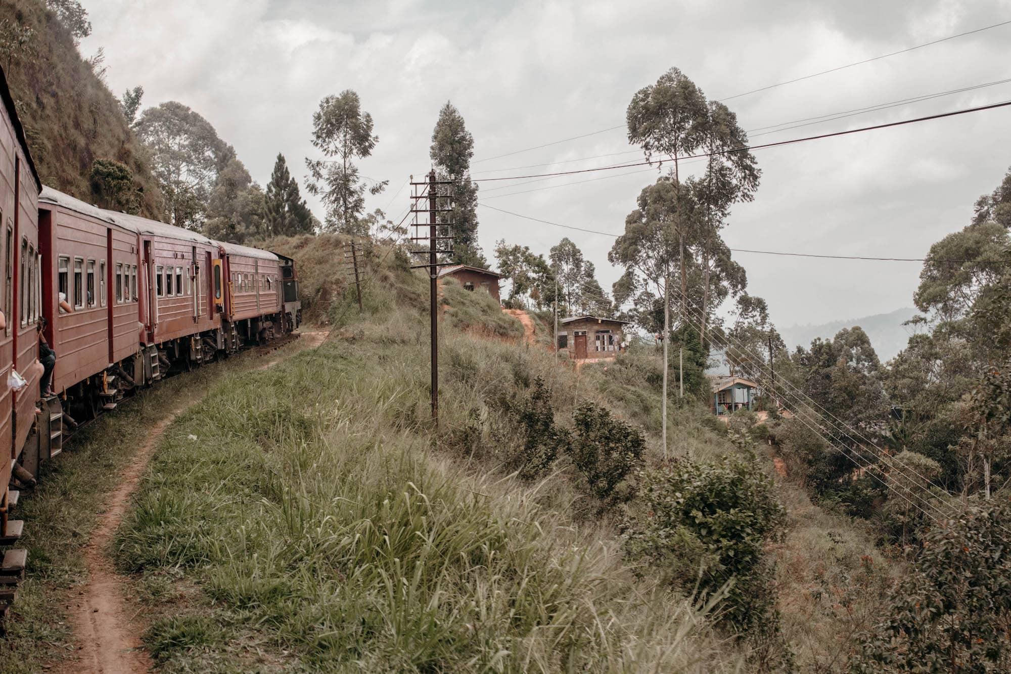 Zugfahrt Hochland Sri Lanka Ella Kandy