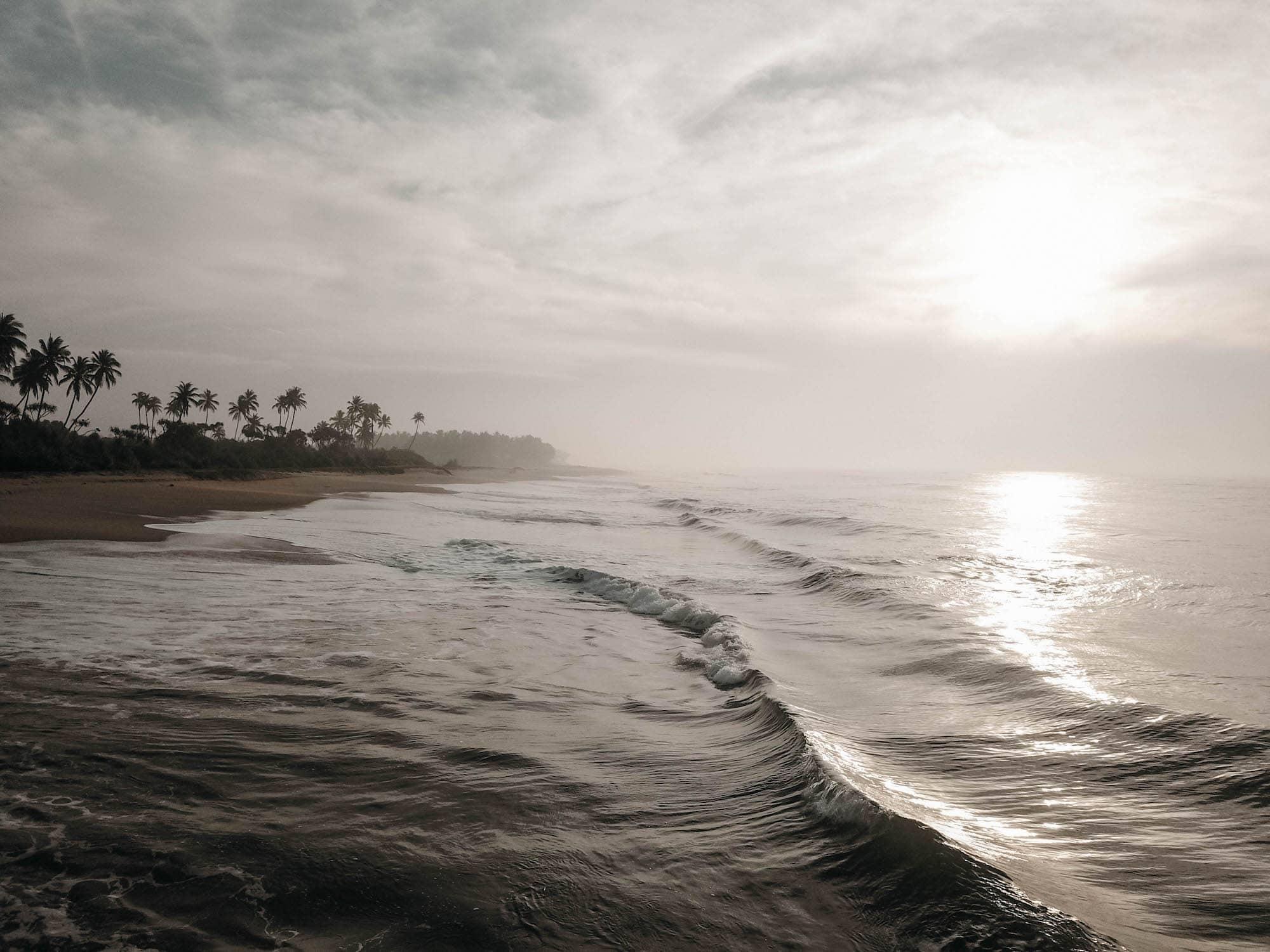 beach tangalle brandung ranna