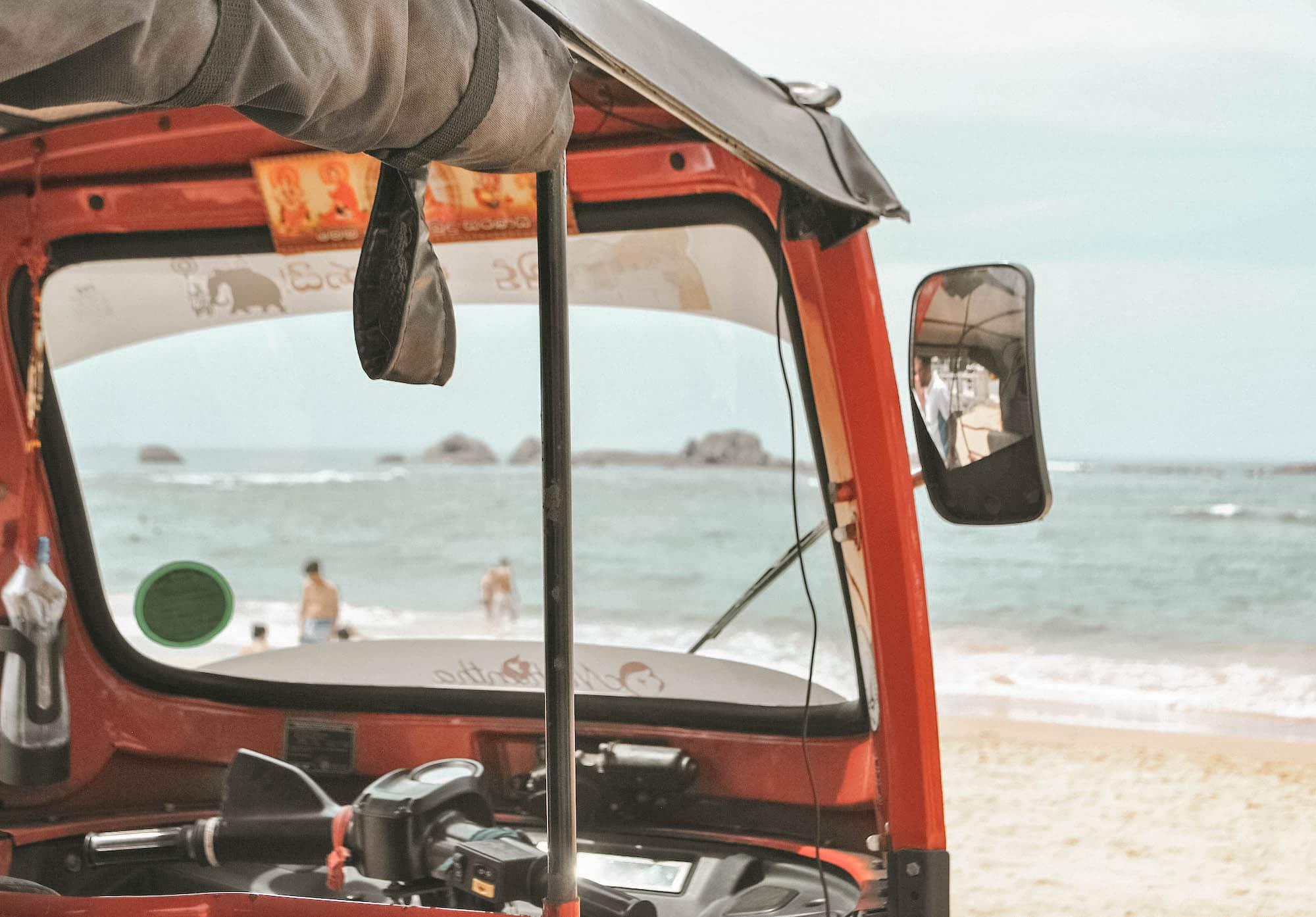 Tuk Tuk fahren in Sri Lanka