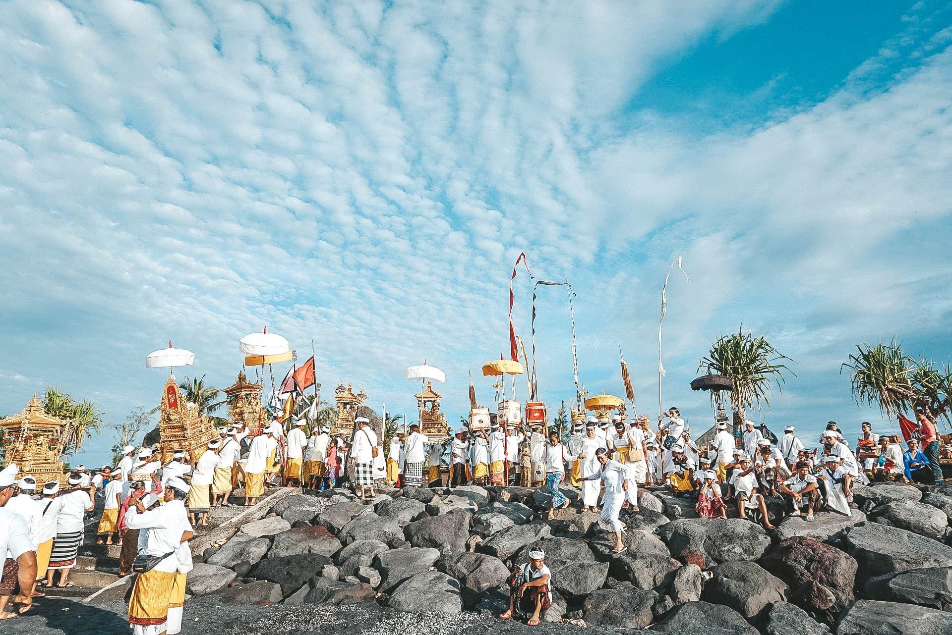 nyepi auf bali als tourist erleben strand