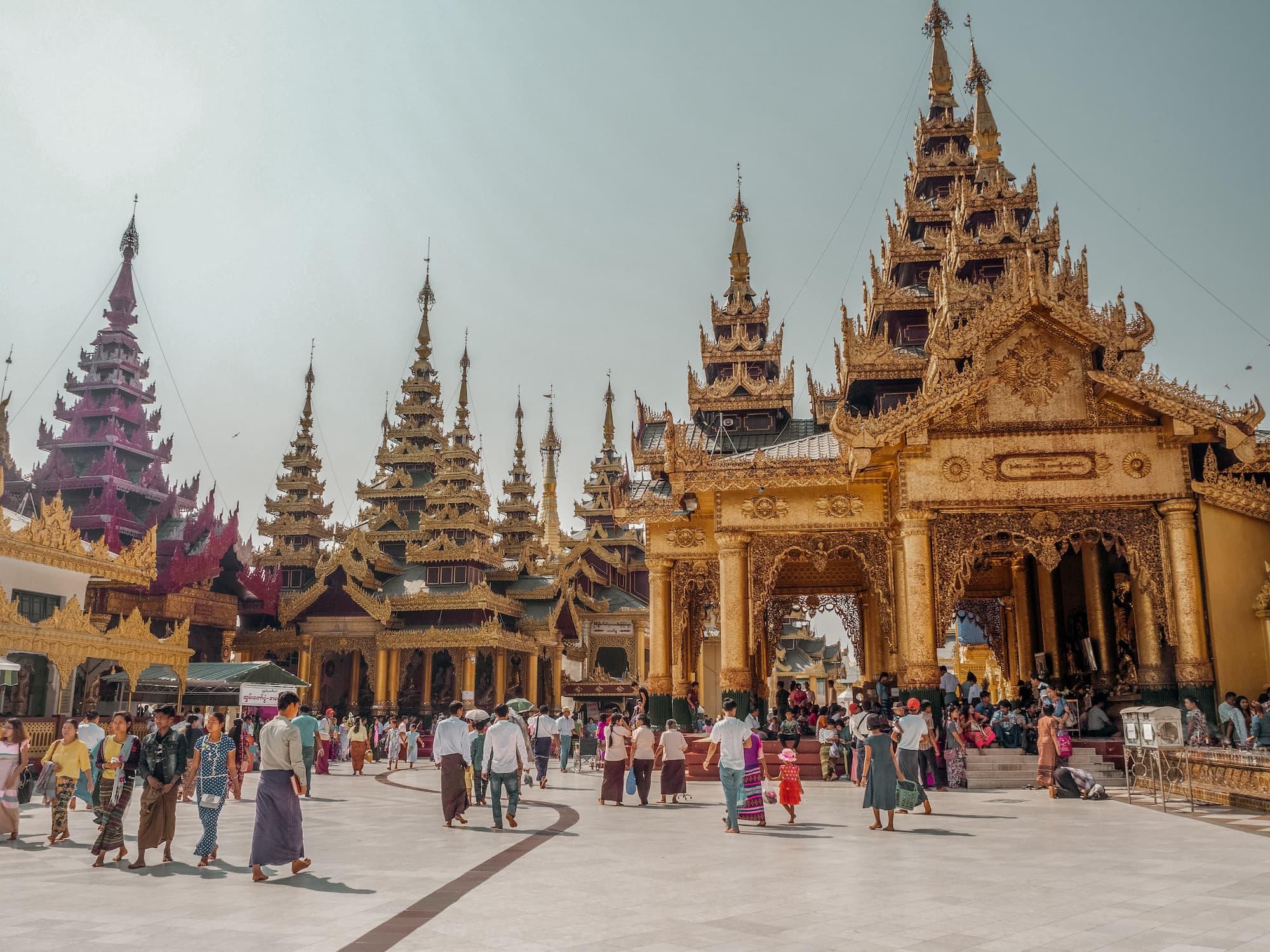 Myanmar Reisetipps und Infos shwedagon pagoda yangon