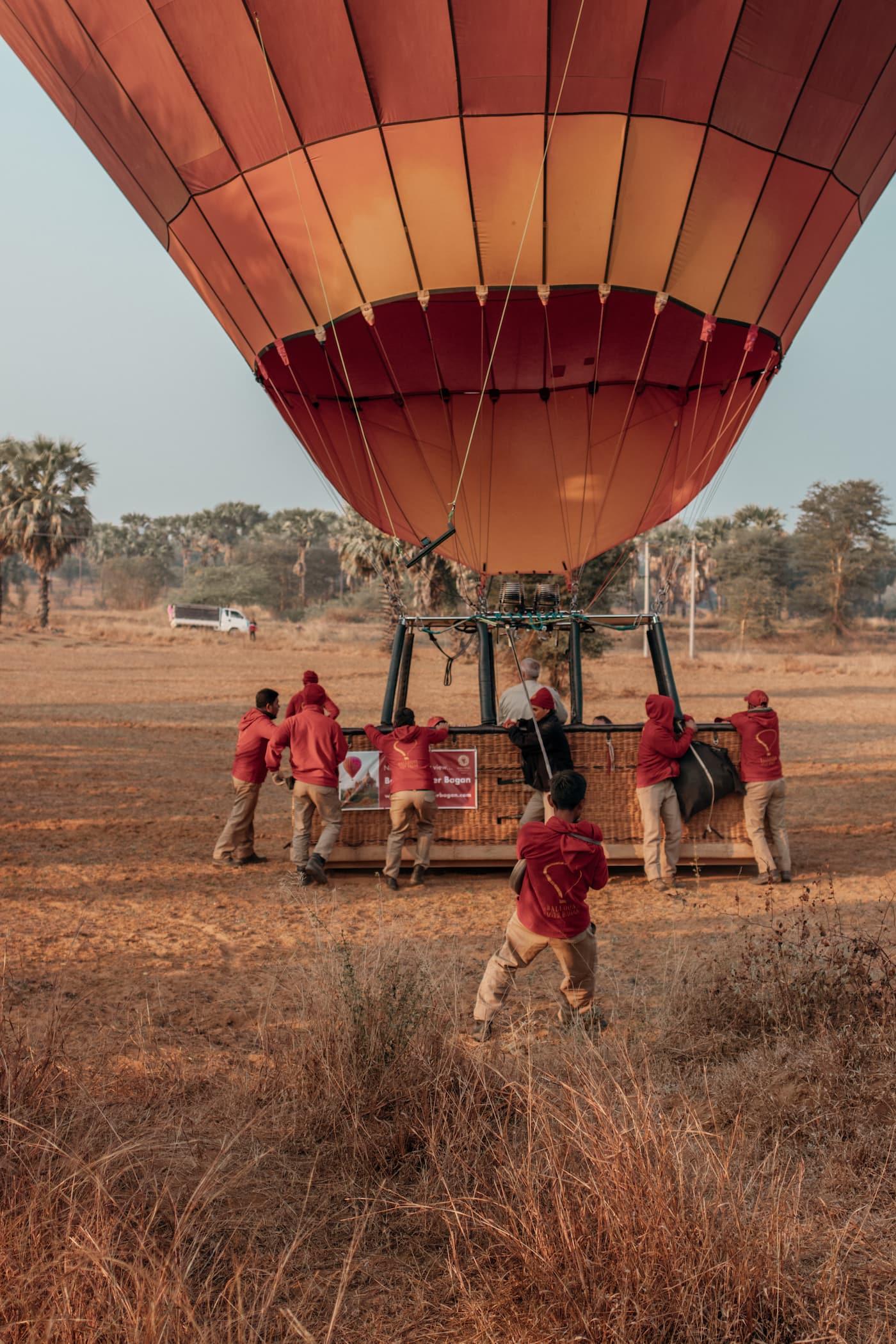 Balloons over Bagan Landung