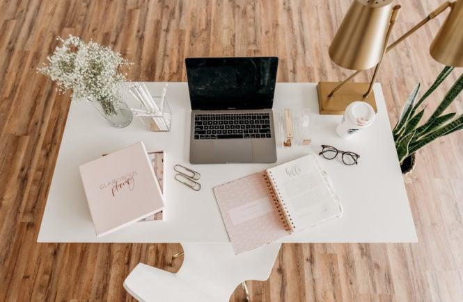 corona home office schreibtisch