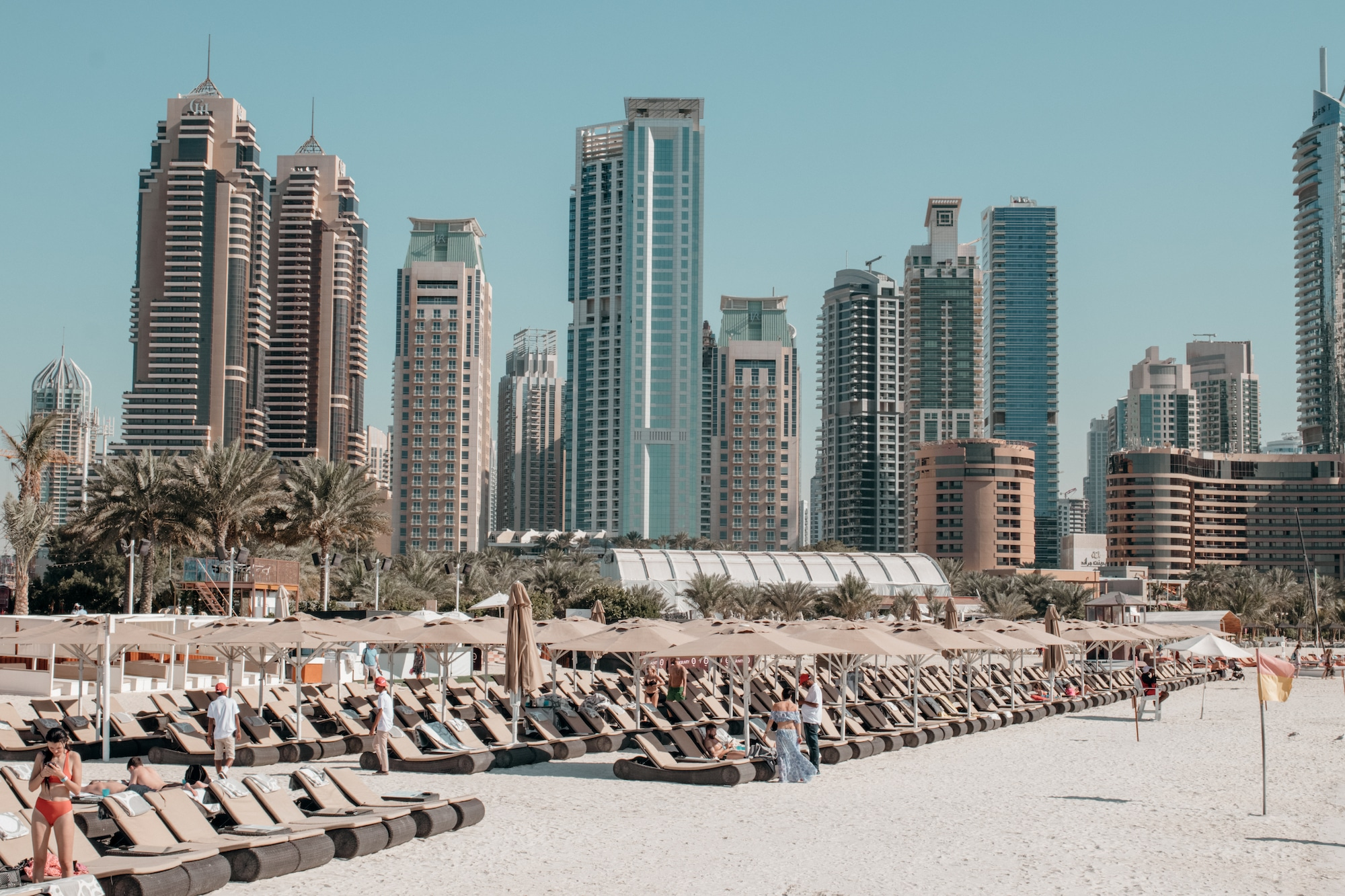 skyline am jbr beach dubai