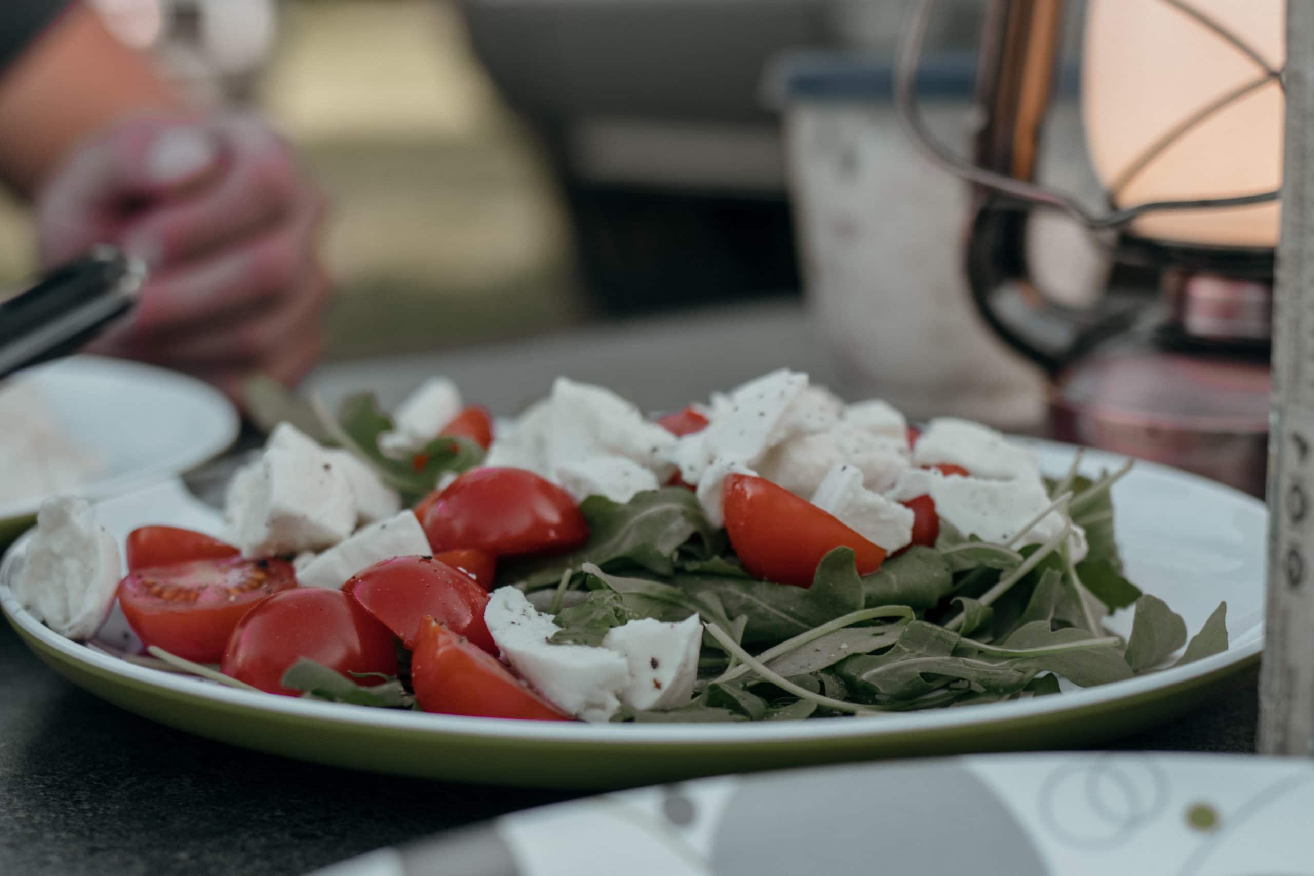 campingplatz grillen salat