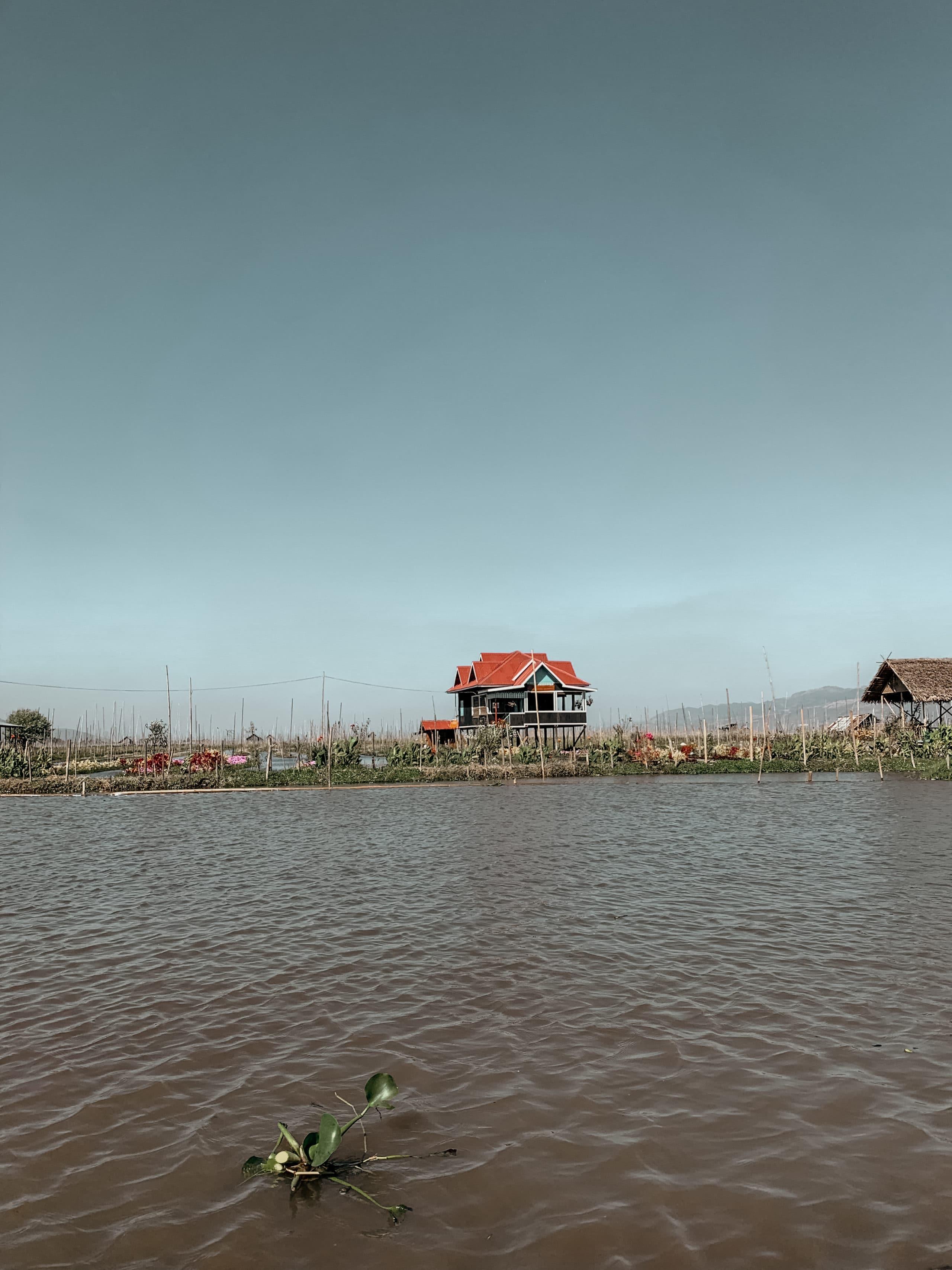haus im inle lake