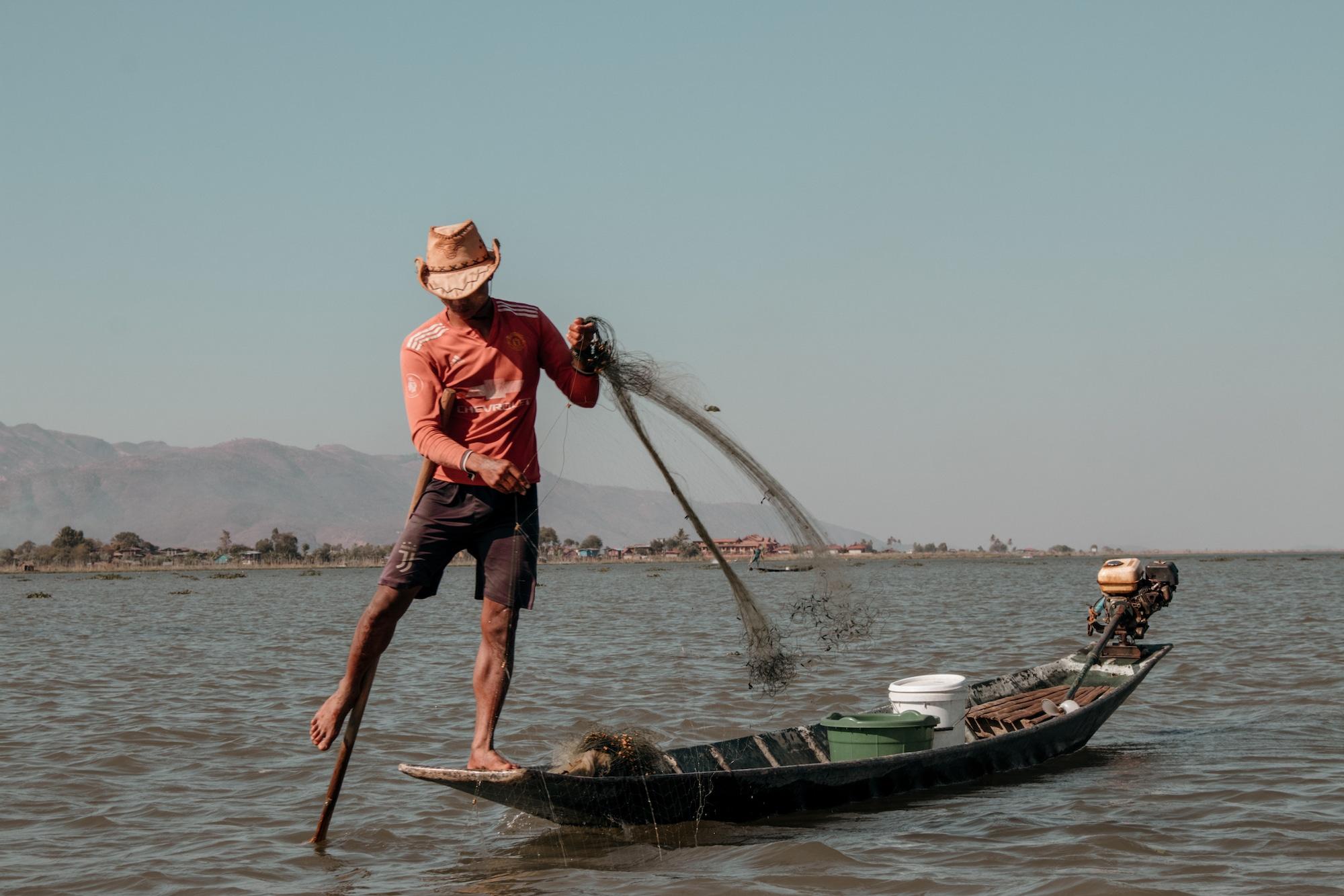inle lake tipps einbeinfischer mit netz