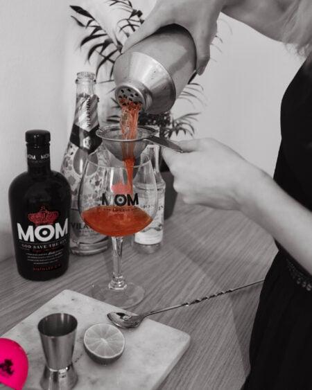 mom gin cocktail workshop
